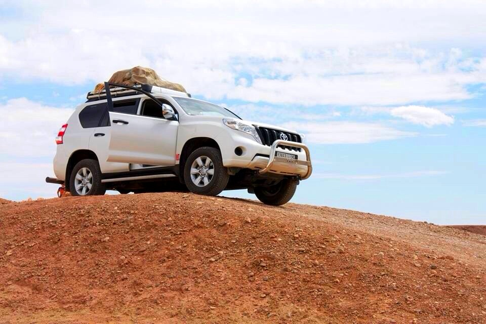 4wd-in-off-road-Morocco